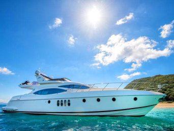 Azimut-002-luxury-yacht-hire-in-corfu