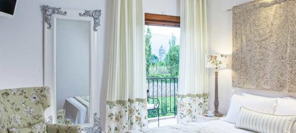 Villa-Daphne-Bedroom-2-(1)