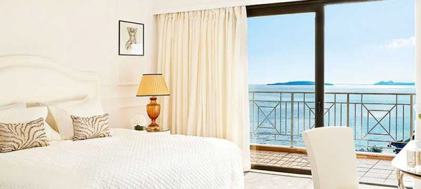 deluxe-sea-view-suite-corfu-imperial