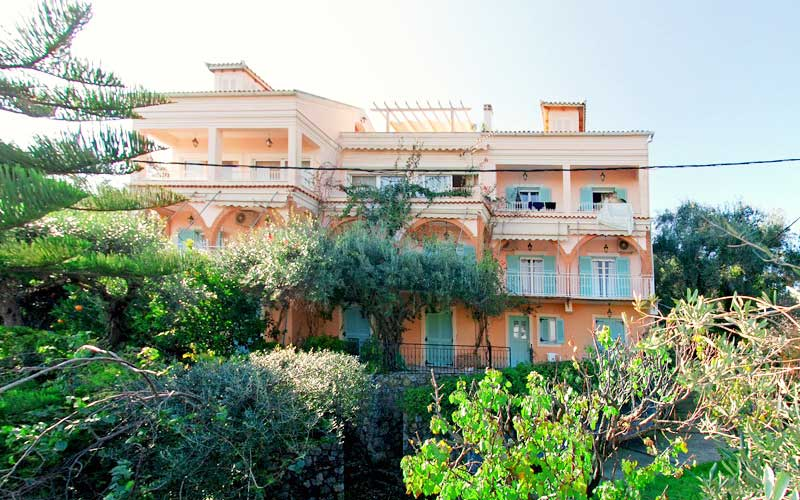 anna's-apartments-corfu