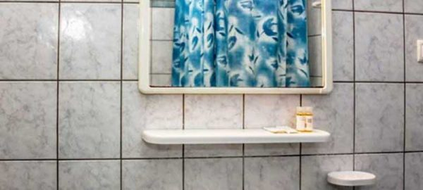 stavros-apartments-bathroom-041-750x440