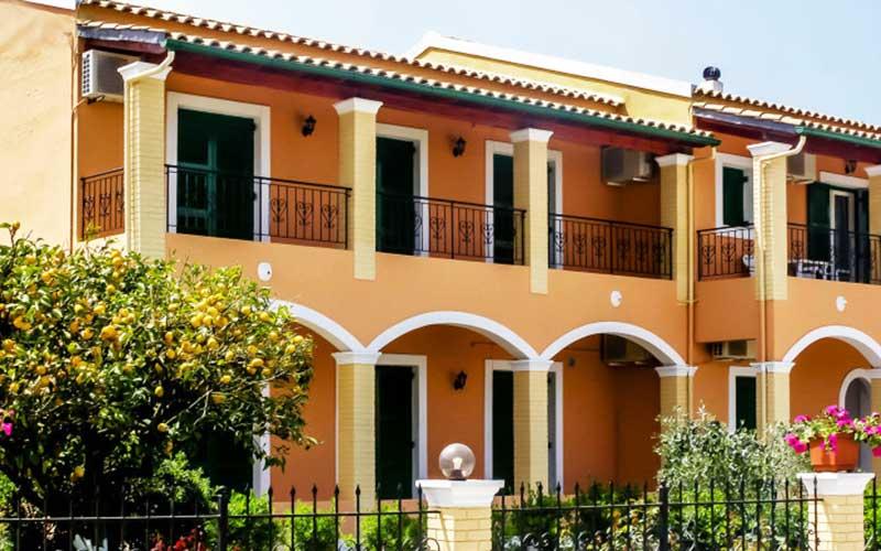 stavros-apartments-exterior