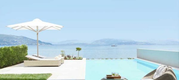 dlz-one-bedroom-suite-private-pool-beachfront-ikos-001