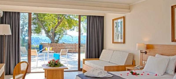 BUNGALOW-SEA-VIEW-CORFU-HOLIDAY-PALACE-HOTEL-18-850x450