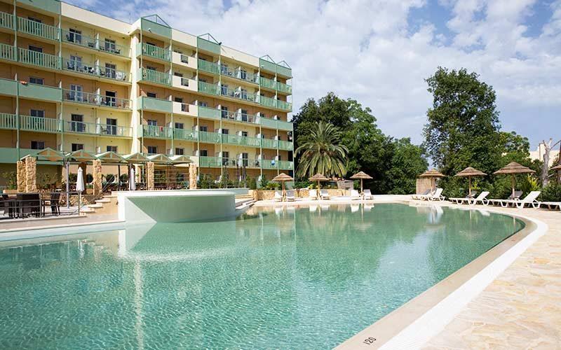 profile-ariti-hotel