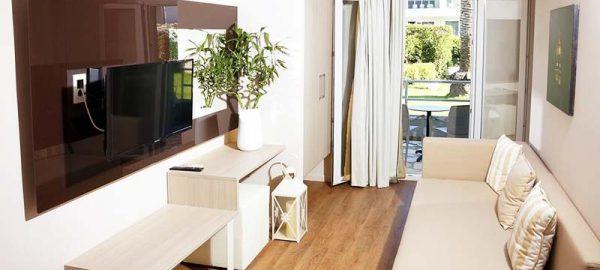 superior-apartment-acharavi-beach-hotel-2