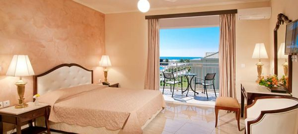 one-bedroom-junior-suite-1-aquis-sandy-beach