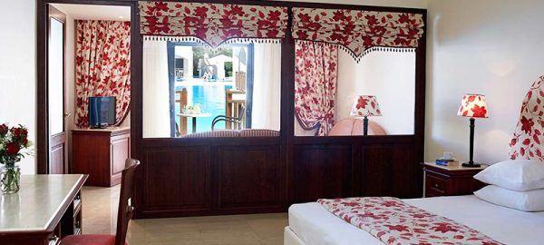 rooms-roda-beach-hotel-spa-mitsis-hotels-greece-corfu-6