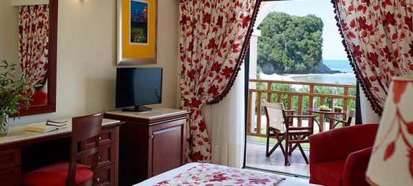 rooms-roda-beach-hotel-spa-mitsis-hotels-greece-corfu-9