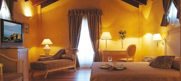 fortress-view-suite-siorra-vittoria-hotel-corfu-1