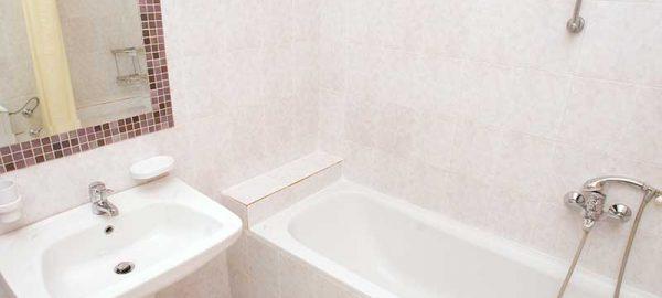 Bathroom-Suite-1-2