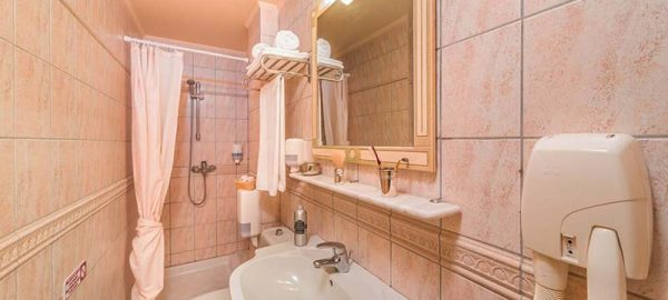 bathroom-preview-1
