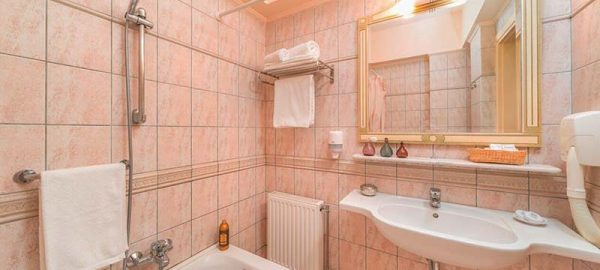 bathroom-preview-2