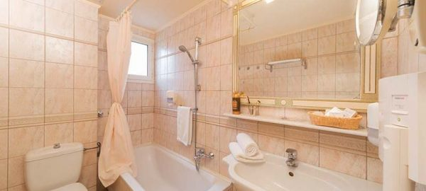 bathroom-preview-3