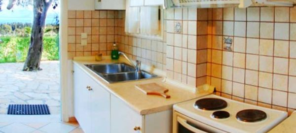 kitchen-annas-apartments-c-2
