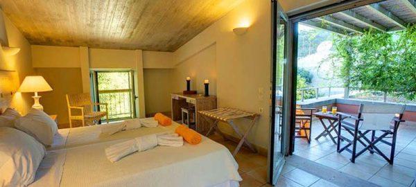 erkina-villas-villa-niovi-room-types-1