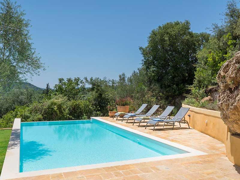 corfu-luxury-villa-mylos-04