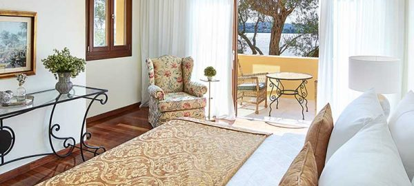 02-two-bedroom-luxury-bungalow-suite-corfu-imperial-24698