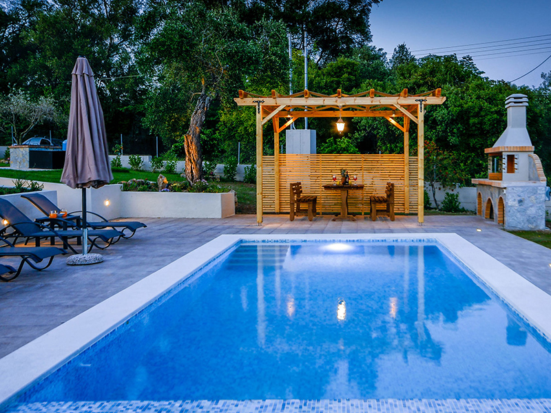 corfu-villa-compass-exterior-pool-02