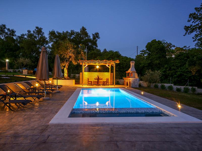 corfu-villa-compass-exterior-pool-03