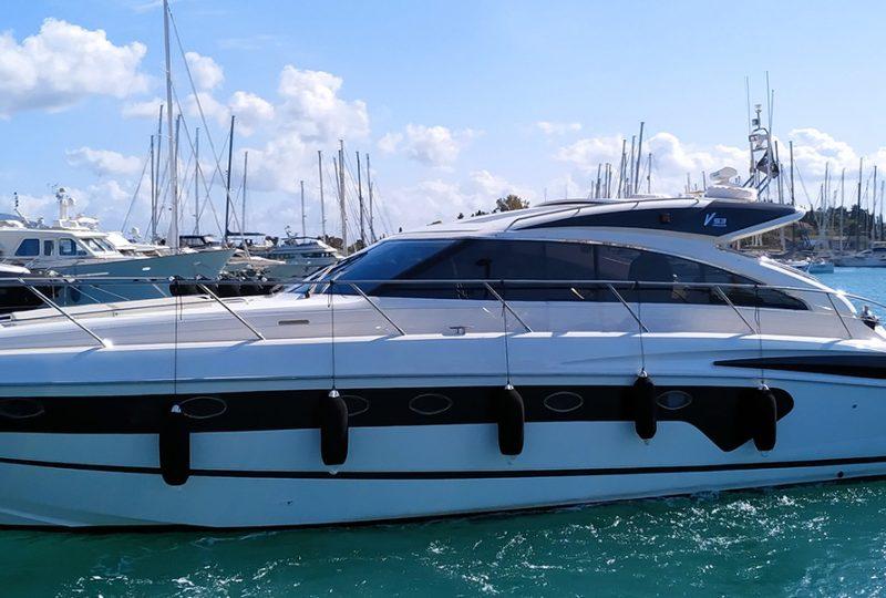 profile-princess-v53-yacht