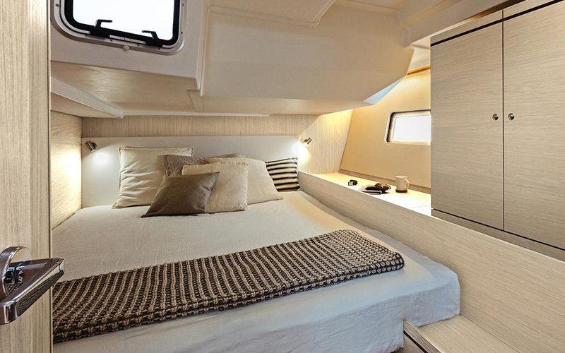 oceanis51.1_interior_cabin2